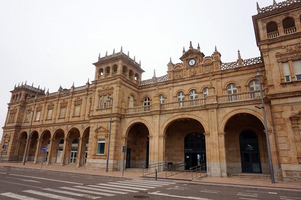 estación tren zamora