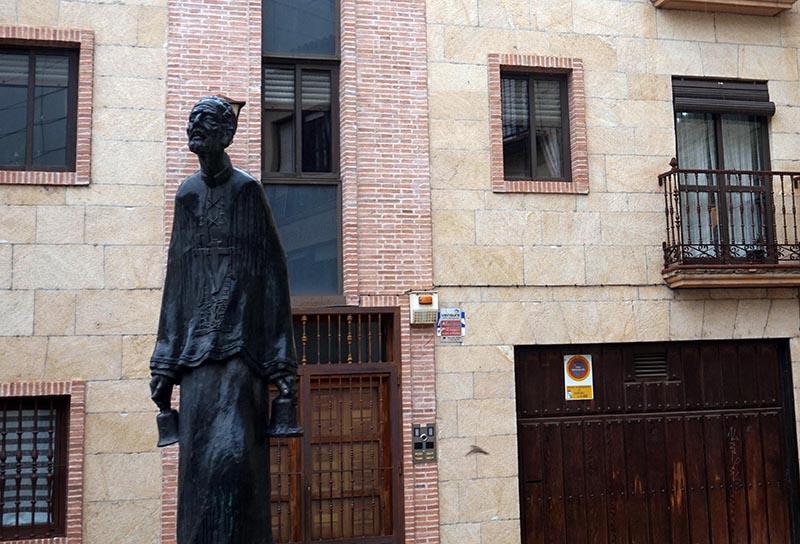 estatua barandales