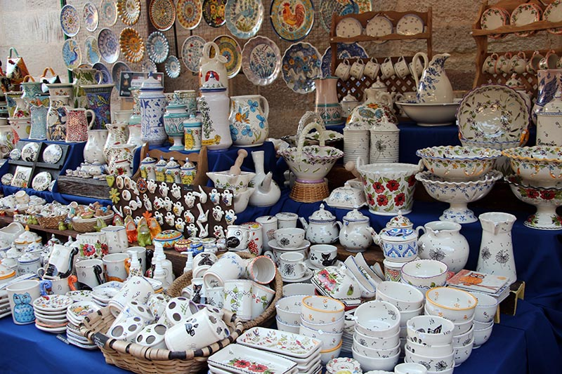 puesto feria cerámica y alfarería